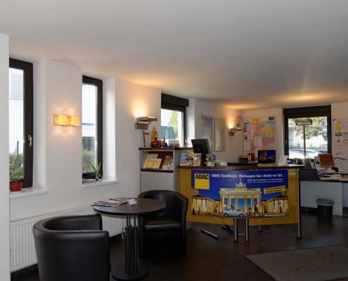 Verkaufsbüro ADAC Clubmobil bei Steinbock & Sohn